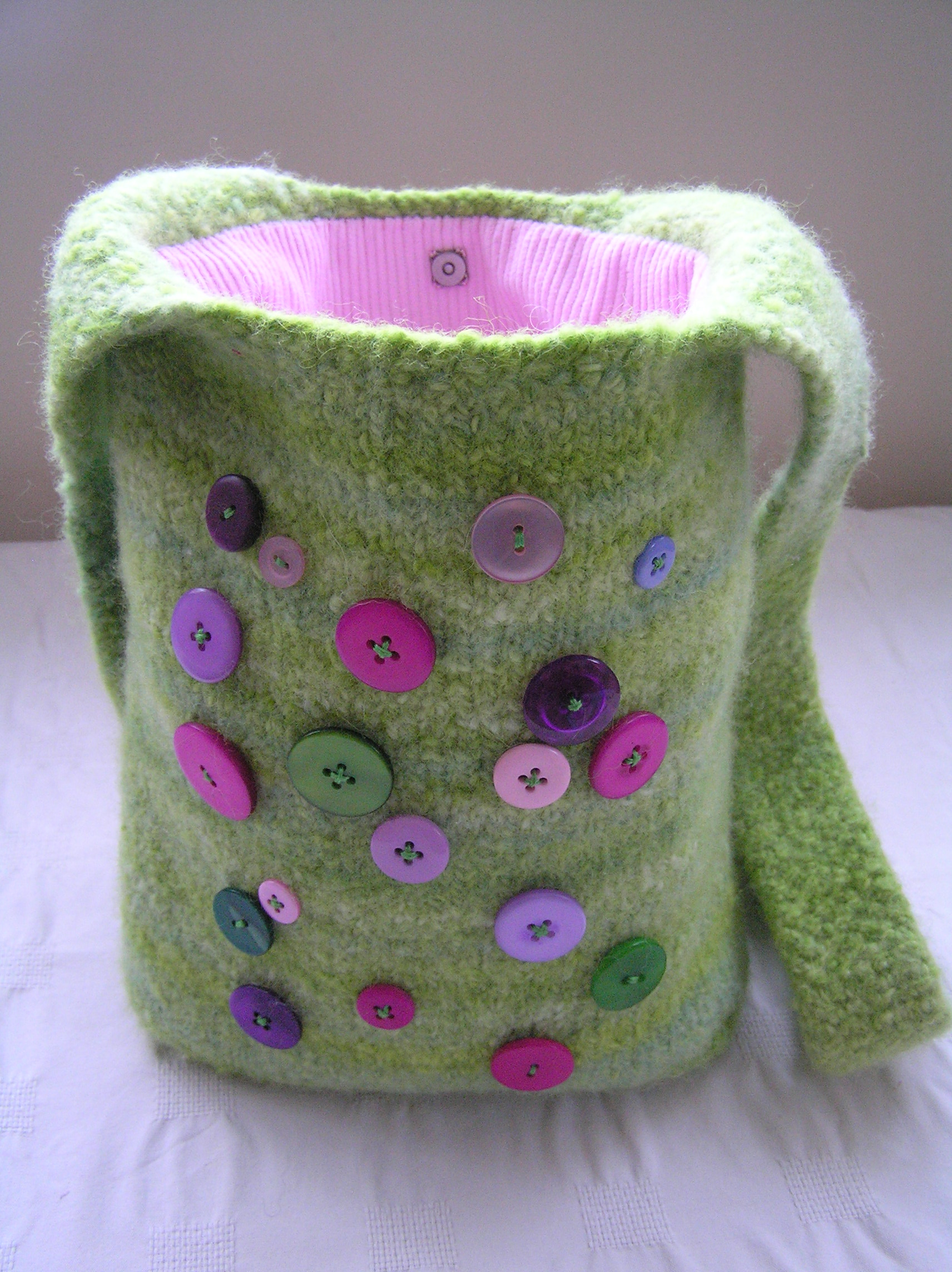 The Dont Worry Felted Shoulder Bag Spinstar Creations
